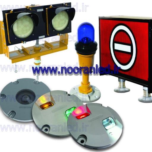کاربرد اصلی چراغ های چشمک زن خورشیدی برای ایجاد هشدار و جلوگیری از وقوع حوادث و اتفاقات ناگوار است.