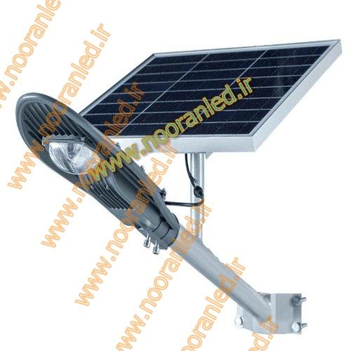 مجموعه آریانا صنعت داوین به عنوان فروشگاه عرضه مستقیم چراغ روشنایی سولار در بازار کشور بوده و تامین کننده مراکز عرضه چراغ خورشیدی در سراسر کشور می باشد. خرید چراغ خورشیدی به صورت مستقیم از نمایندگی انحصاری آن باعث کاهش قیمت ها و نیز هزینه خرید مشتریان می شود.