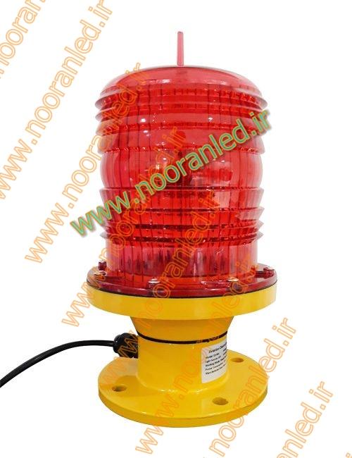 چراغ دکل برقی برای کارکردن و روشن شدن به خروجی جریان برق یا ژنراتور نیاز دارد تا توان لازم را از این منبع اخذ کند.