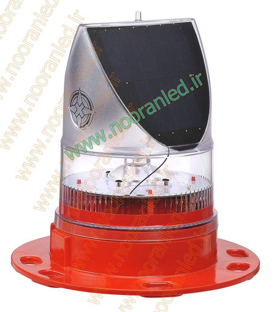 چراغ های هشدار دهنده سولار در رنگ قرمز طراحی و تولید می شود اما به دلیل وجود استاندارهای مختلف، امکان ساخت چراغ چشمک زن در رنگ های متنوع و با ریتم فلش دلخواه وجود دارد.