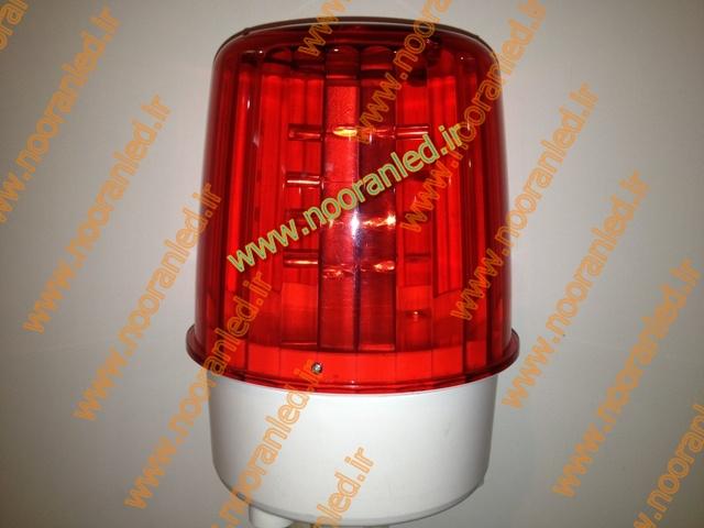 لامپ های ال ای دی که در ساخت چراغ دکل مخابراتی استفاده می شوند دارای مدل های گوناگون بوده و برخی نیز مجهز به لنز هستند که پرتاب نور و زاویه پخش نور را افزایش می دهند.